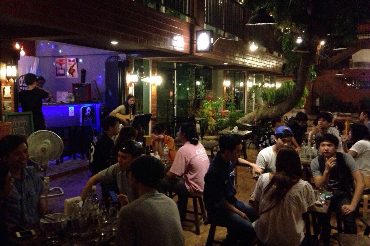 old time cafe chiang mai